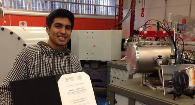 Mexicano de 18 de años de zona rural y marginada construye el acelerador de partículas más barato del mundo (70 dólares)